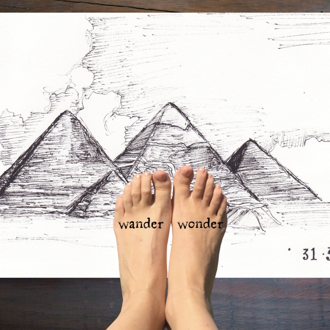 feet_pyramids
